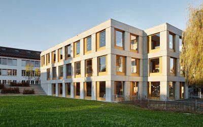 Extension du bâtiment de l'école primaire et du jardin d'enfants Täuffelen