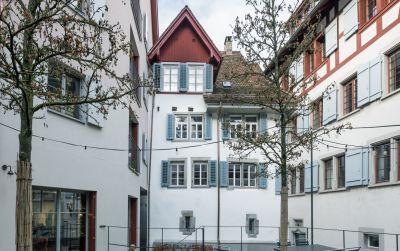 Kolinplatz 19, Zug
