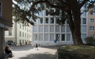 Institutsgebäude Plattenstrasse