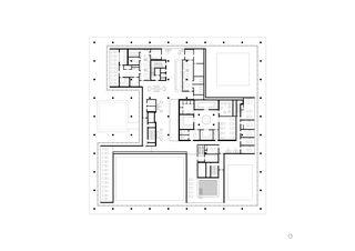 Plan de l'étage de bien-être Ovaverva Hallenbad, Spa und Sportzentrum de ARGE Bearth & Deplazes Architekten AG