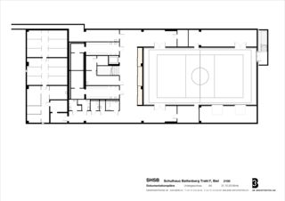 Sous-sol avec gymnase Sprachheilschule Biel Seeland de 3B Architekten AG