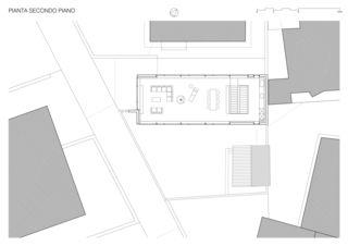 2e étage / Secondo Piano Casa sospesa a Monte Carasso de Studio d'architettura Ernesto Bolliger
