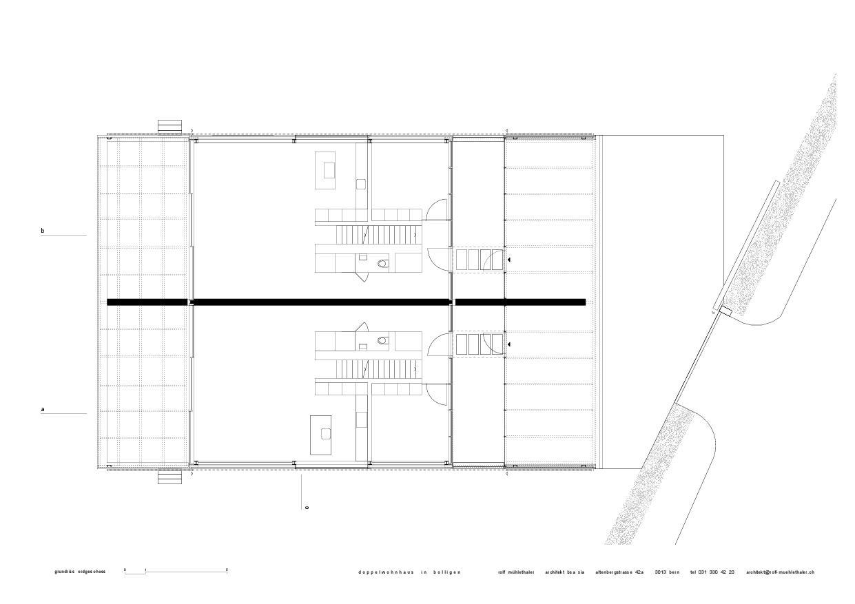 Plan du rez-de-chaussée Doppelwohnhaus in Bolligen de Rolf Mühlethaler Architekt BSA SIA
