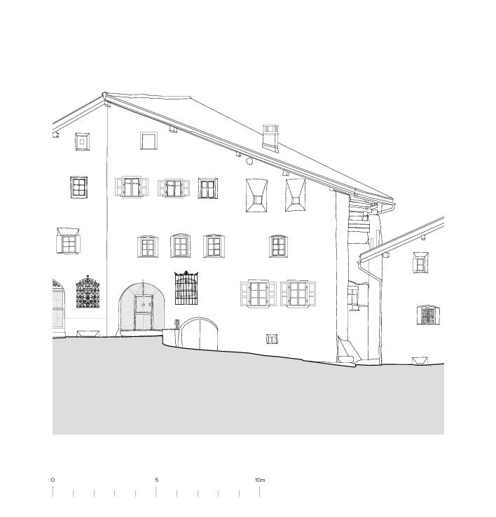 Façade nord Von der Ruine zum Nullenergiebilanzhaus de FELIX PARTNER Architektur und Design
