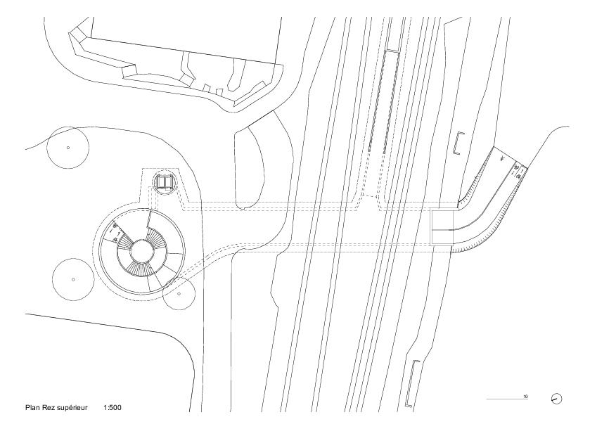 Oberes Erdgeschoss Trait d'union - passage sous-voie pour la mobilité douce von PONT 12 Architectes SA