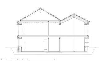Coupe salon MAISON EN PAILLE AUX CULLAYES de PONT 12 Architectes SA