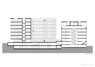 Längsschnitt 1:200 Residenza al Parco von Michele Arnaboldi Architetti Sagl