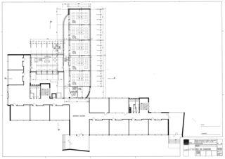 Erdgeschoss Collège Jean-Jacques Rousseau, Fleurier/ commune de Val-de-Travers von Architecte HES dipl.<br/>
